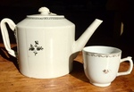 Chinese Export Teapot and Cup